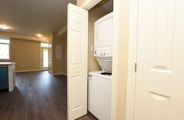 Villa & Townhome-Bungalow In-suite Washer and Dryer
